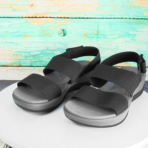 Clarks Cloud Steppers Soft Cushioned Sandals